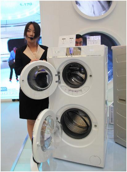 这也是业内首款双滚筒洗衣机