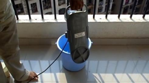 创意电器:水桶秒变洗衣机-现代家电网